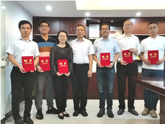 六位杰出校友受聘为北京物资学院本科教学校外导师